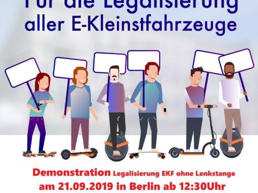 Demonstration für die Besitzer von Elektrokleinstfahrzeugen